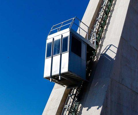 Eğimli Yüzey Asansörleri